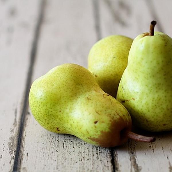 pears1.jpg